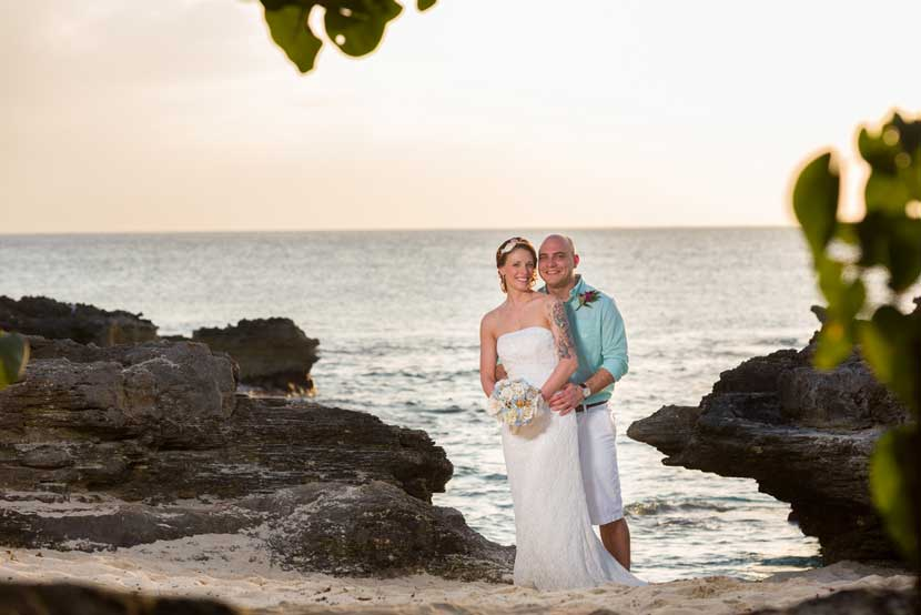 Deluxe Cayman Wedding Vow Renewal Package - Simply Weddings