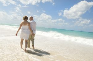 Governors Beach, Grand Cayman a Great Beach Wedding Favourite - image 6