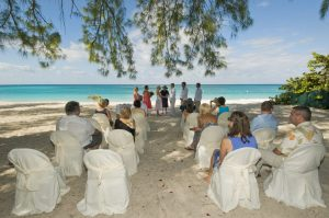 This Tampa Bride Shines at her Cayman Beach Wedding - image 1