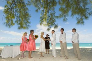 This Tampa Bride Shines at her Cayman Beach Wedding - image 2