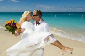 This Tampa Bride Shines at her Cayman Beach Wedding - image 4