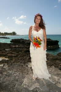 The other side of a Smith's Cove, Grand Cayman wedding shoot - image 2