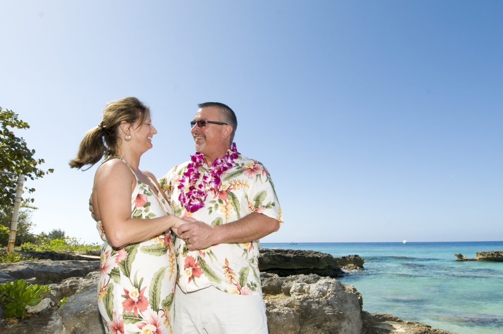 Your Cruise Wedding on a tropical island, Grand Cayman - image 1