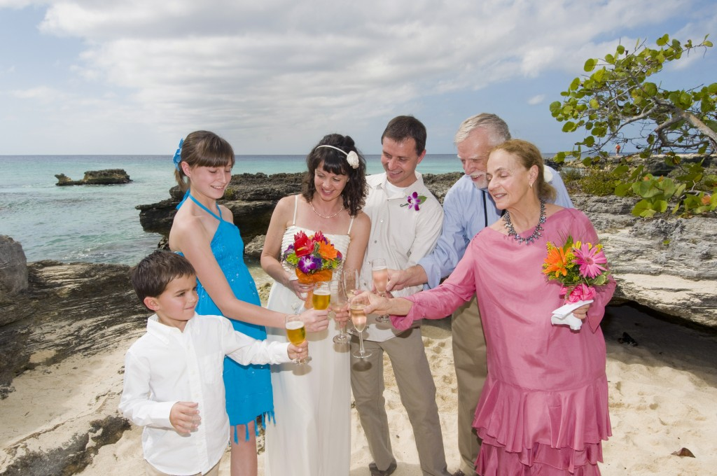 Married...With Children (in Grand Cayman) - image 2