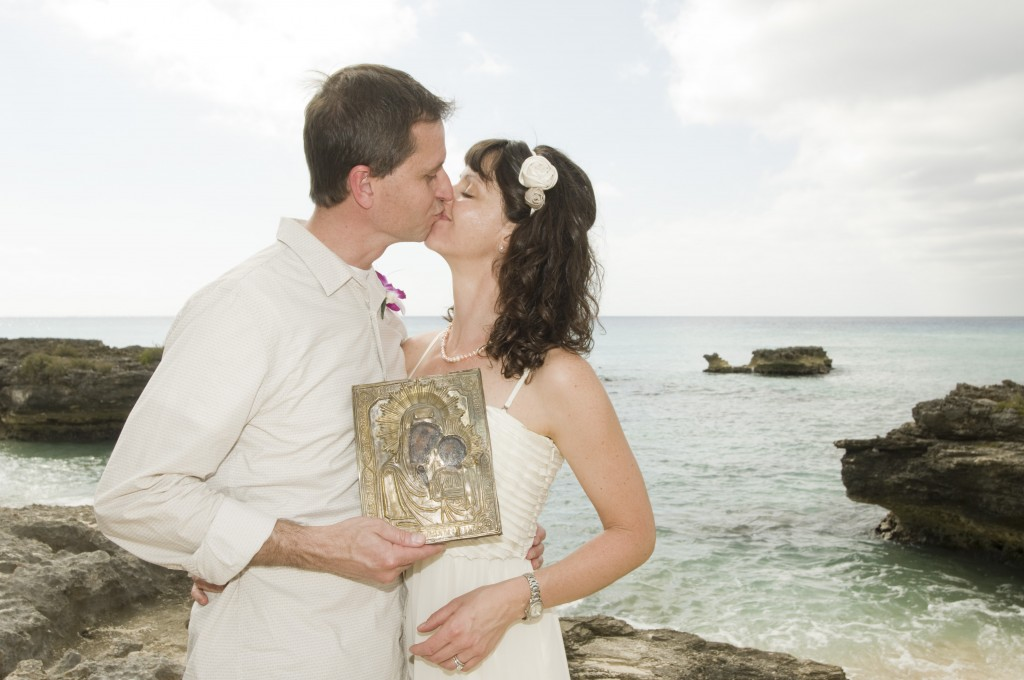 Married...With Children (in Grand Cayman) - image 3