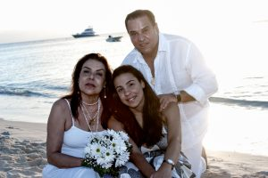 Surprise Wedding Vow renewal in Cayman - image 5