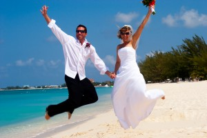 It's so easy to have a Cayman Is Cruise Wedding...see how here - image 3