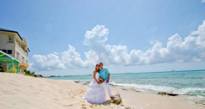 Gather friends and family for a cruise wedding in Grand Cayman - image 2