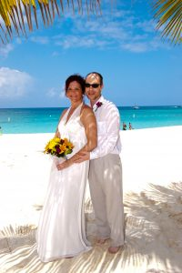 How I use my Ipad 2 in your Cayman Islands beach wedding - image 6