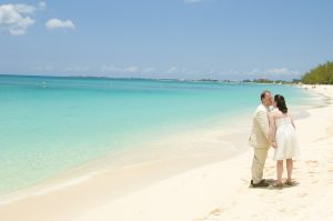 Beautiful Wedding Day in Grand Cayman for Virginia pair and family - image 6
