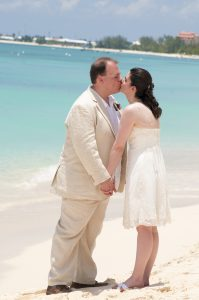 Beautiful Wedding Day in Grand Cayman for Virginia pair and family - image 5