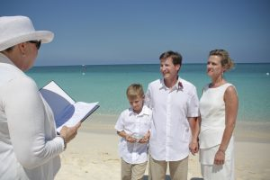 Easter Monday Remarriage on Seven Mile Beach for Raleigh, NC couple - image 2