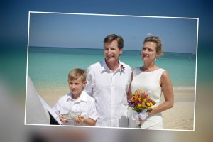 Easter Monday Remarriage on Seven Mile Beach for Raleigh, NC couple - image 3