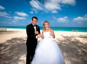These Grand Cayman Beach Wedding Photos Will Blow You Away - image 5