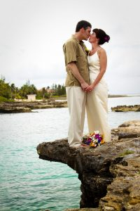 Smith's Cove was the answer for this Cruise Wedding in Cayman - image 5