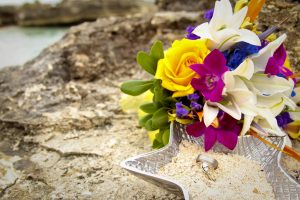Smith's Cove was the answer for this Cruise Wedding in Cayman - image 3