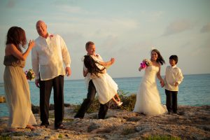 Like a Handprint on My Heart... Smith's Cove, Grand Cayman Wedding - image 6
