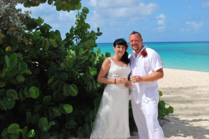 Special 15th Wedding Anniversary Ceremony in Grand Cayman - image 3