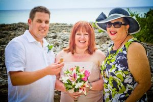 Mr and Mrs Smith, married at Smith's Cove, Grand Cayman - image 3