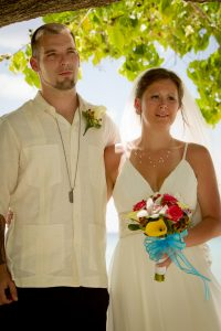 It was a Grand Cayman Beach Wedding for this Baltimore Couple - image 4