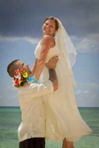 It was a Grand Cayman Beach Wedding for this Baltimore Couple - image 7