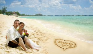 It was a Grand Cayman Beach Wedding for this Baltimore Couple - image 1