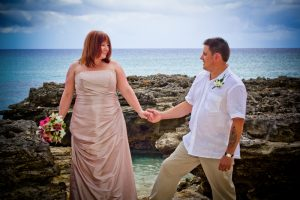 Mr and Mrs Smith, married at Smith's Cove, Grand Cayman - image 1