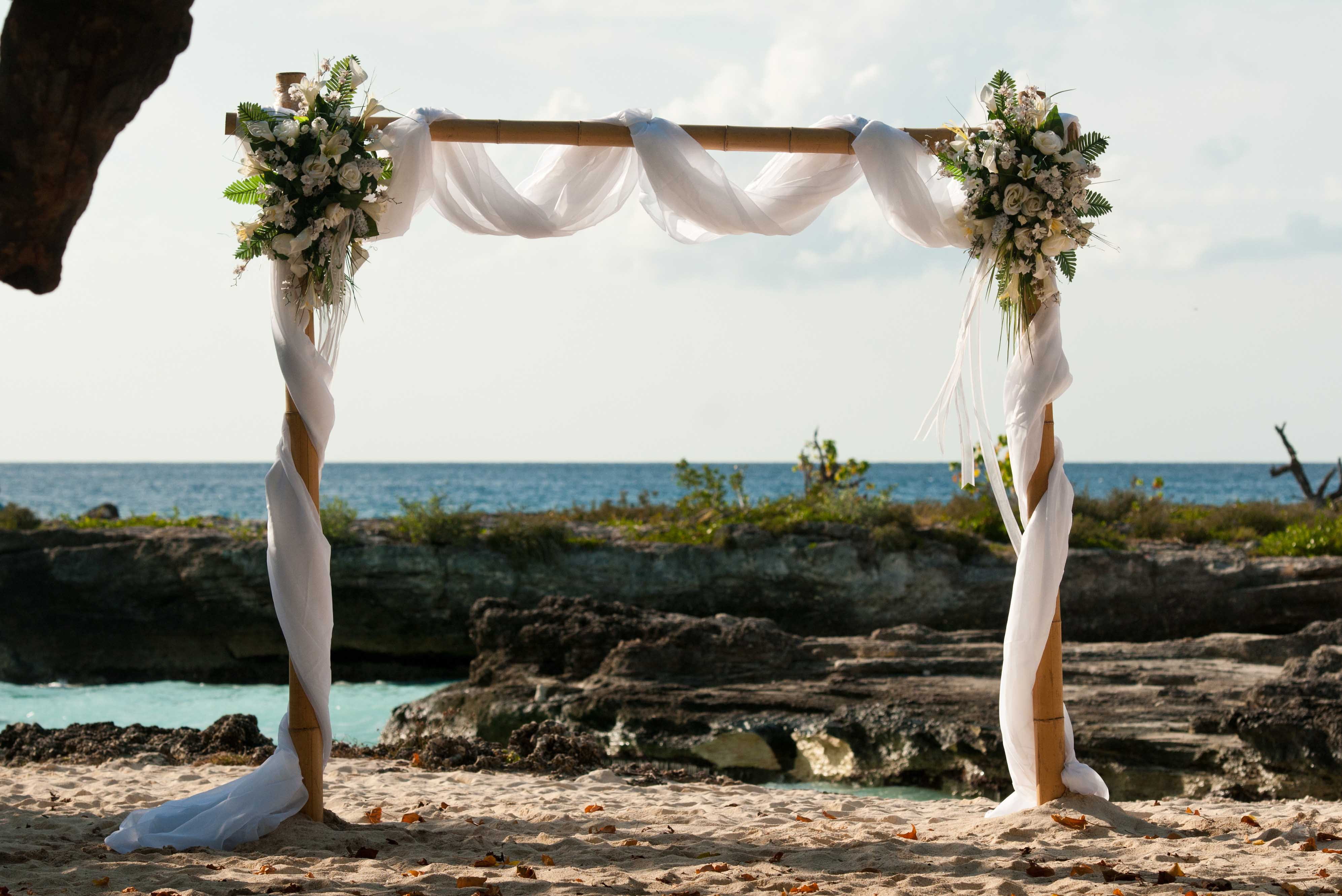 This Irish Bride Was Smiling At Her Grand Cayman Beach
