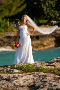 This Irish Bride Was Smiling at Her Grand Cayman Beach Wedding - image 3