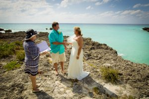 North Carolina Couple Are Lucky in Love at Smith's Cove, Grand Cayman - image 5