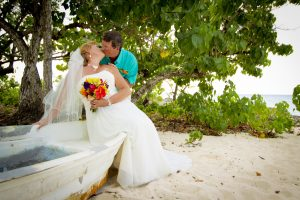 North Carolina Couple Are Lucky in Love at Smith's Cove, Grand Cayman - image 2