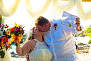 Fun Cayman Wedding for this Arkansas Couple